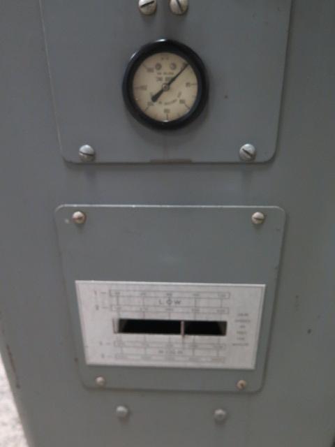 """Lot 33 - Grob mdl. 4V-18 18"""" Vertical Band Saw s/n 2420 w/ Blade Welder, 40-5000 FPM"""