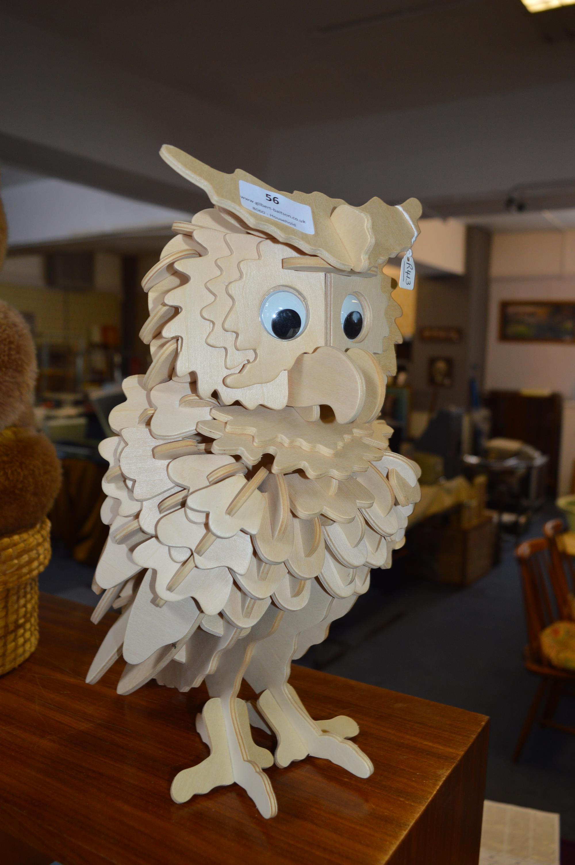 Lot 56 - Wooden Owl Ornament