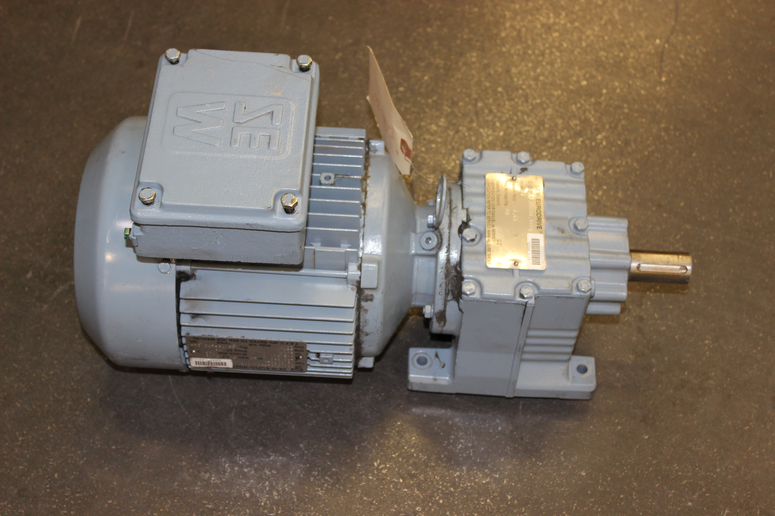 Sew eurodrive 2 hp motor with gearbox type r27dt90l4 for 2 hp motor current