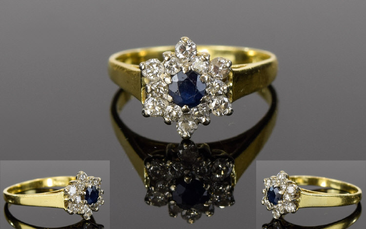 Lot 113 - 18ct Gold Diamond and Sapphire Cluster R
