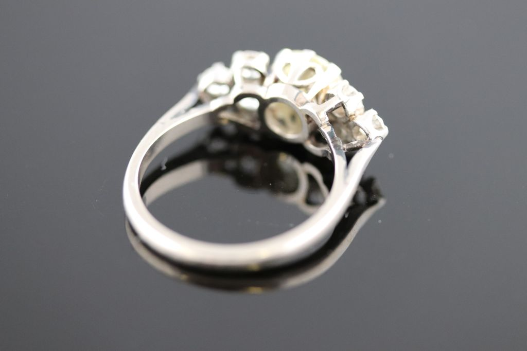 Lot 20 - A circa 1930s 1.40 carat diamond 18ct white gold platinum set ring, the round old cut diamond