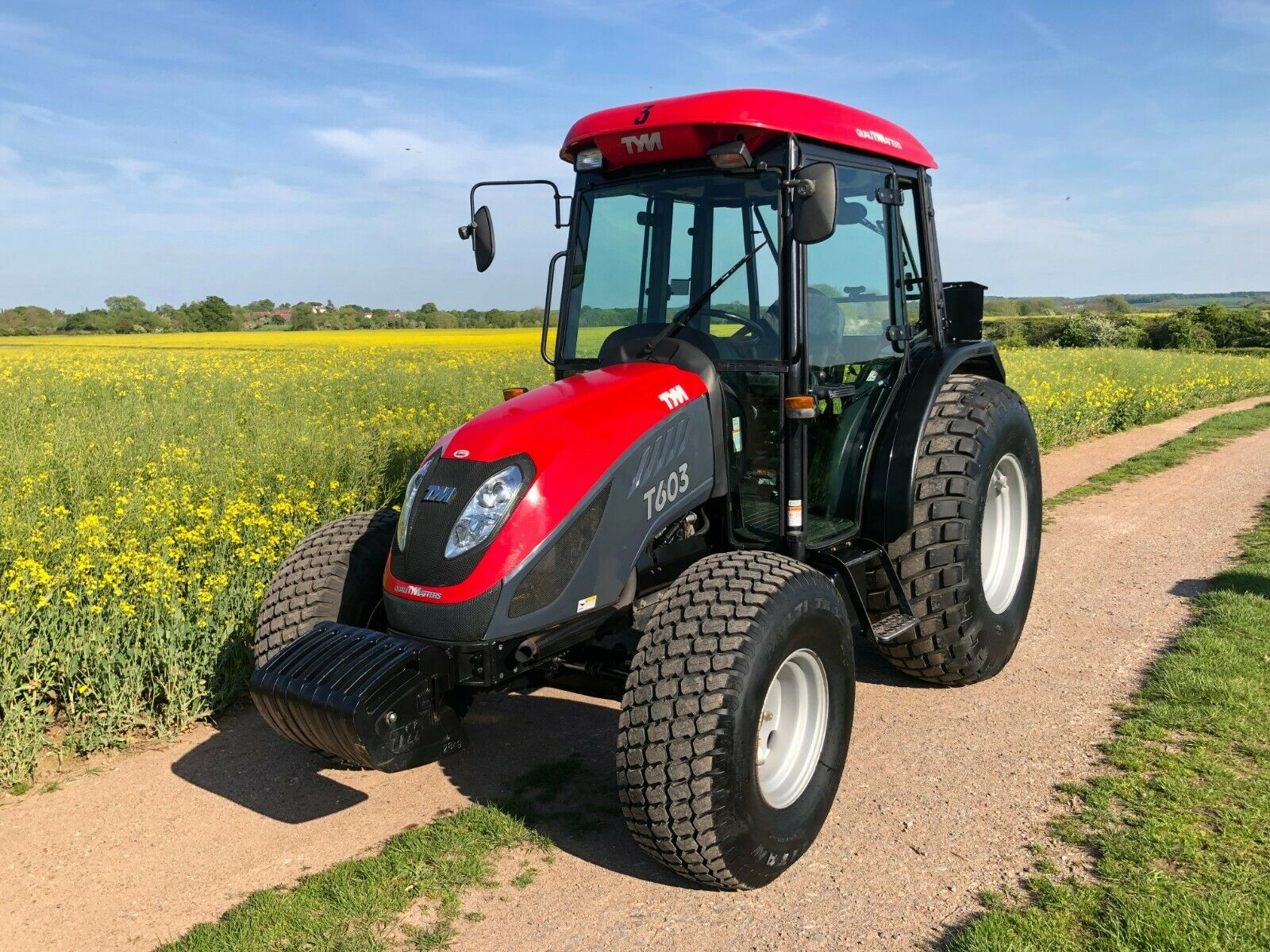 Lot 40 - COMPACT TRACTOR TYM T603 60HP, ONLY 1063 HOURS,4x4, YEAR 2013 *PLUS VAT*