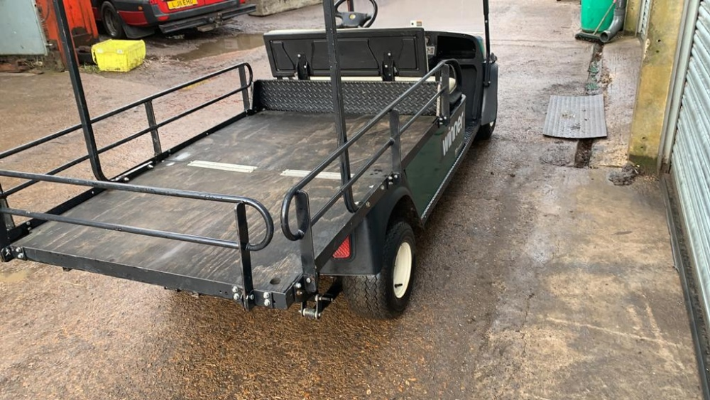 Lot 13 - CUSHMAN EZGO SHUTTLE 2 PETROL ENGINED LOADMASTER GOLF / EVENTS TRANSPORT BUGGY. YEAR 2016 BUILD.