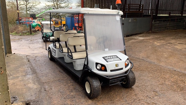 Lot 2 - CUSHMAN EZGO SHUTTLE 8 PETROL ENGINED 8 SEATER GOLF / EVENTS BUGGY. YEAR 2017 BUILD. DIRECT FROM