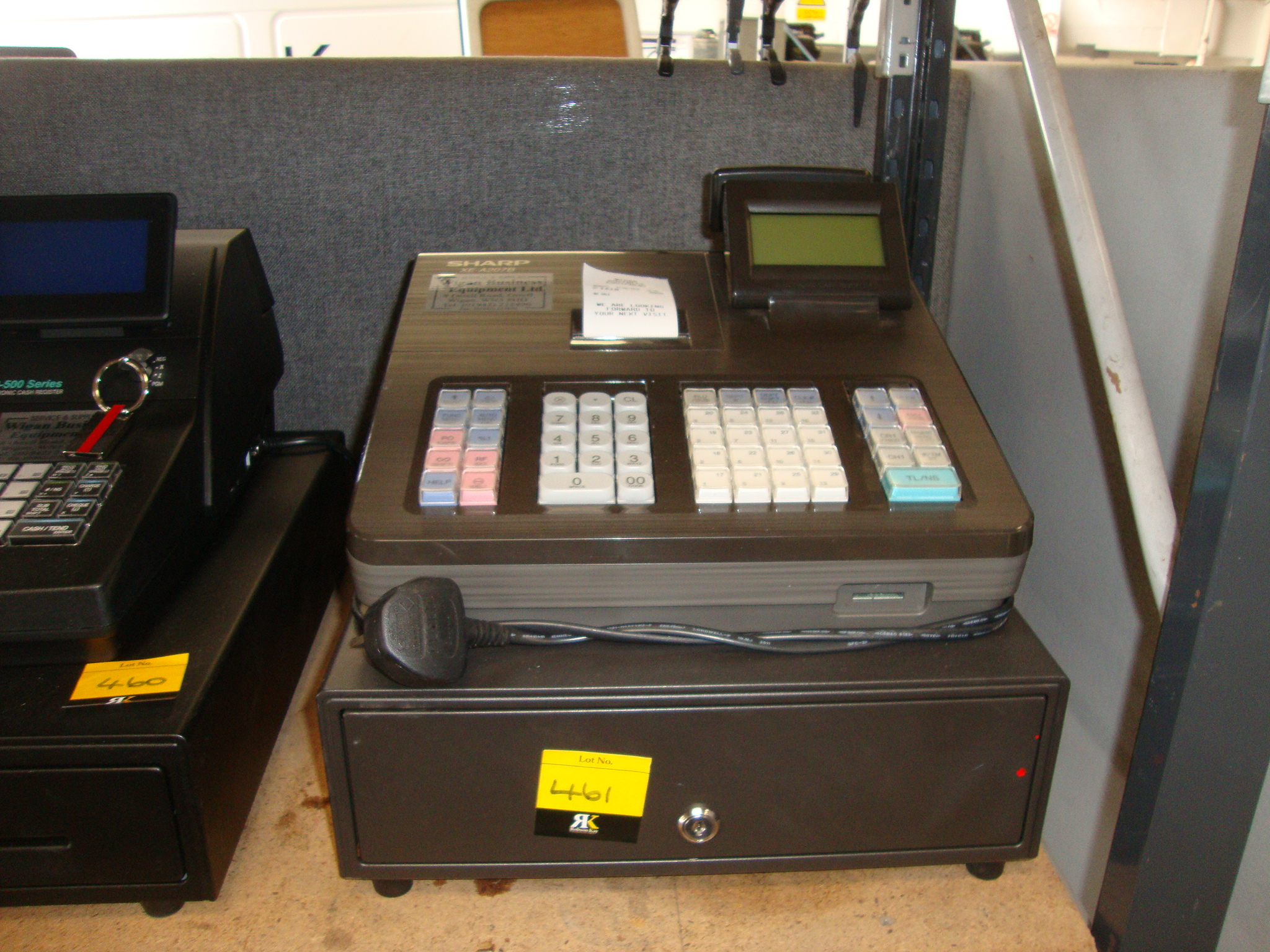 sharp xe a207b cash register nb no keysplease note all successful bids must be paid for in full a. Black Bedroom Furniture Sets. Home Design Ideas