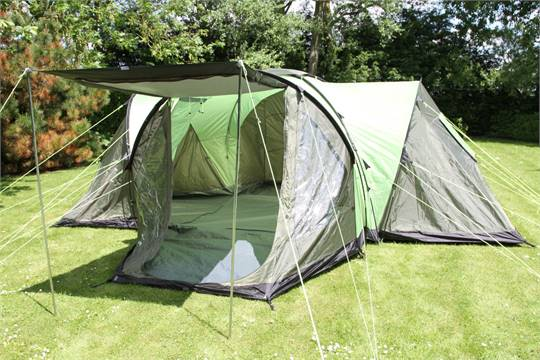 Urban Escape Kurai 6 Man Tent - 3 Bedrooms (As New) (Usual selling price £228) & Urban Escape Kurai 6 Man Tent - 3 Bedrooms (As New) (Usual ...
