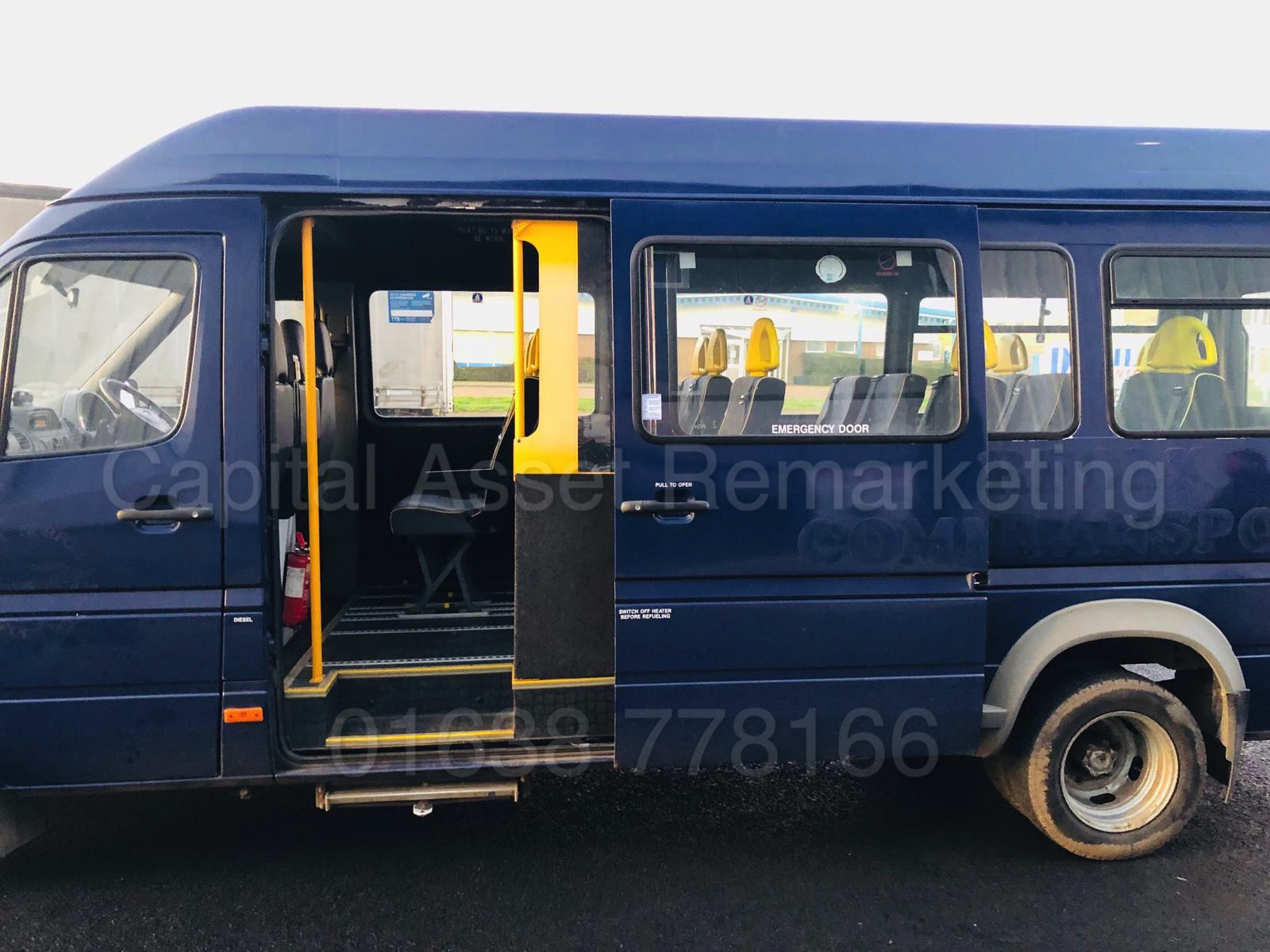 Lot 28 - MERCEDES SPRINTER 411 CDI *LWB - 16 SEATER MINI-BUS* (2006) 'QUICK RELEASE SEATS - WHEEL CHAIR LIFT*