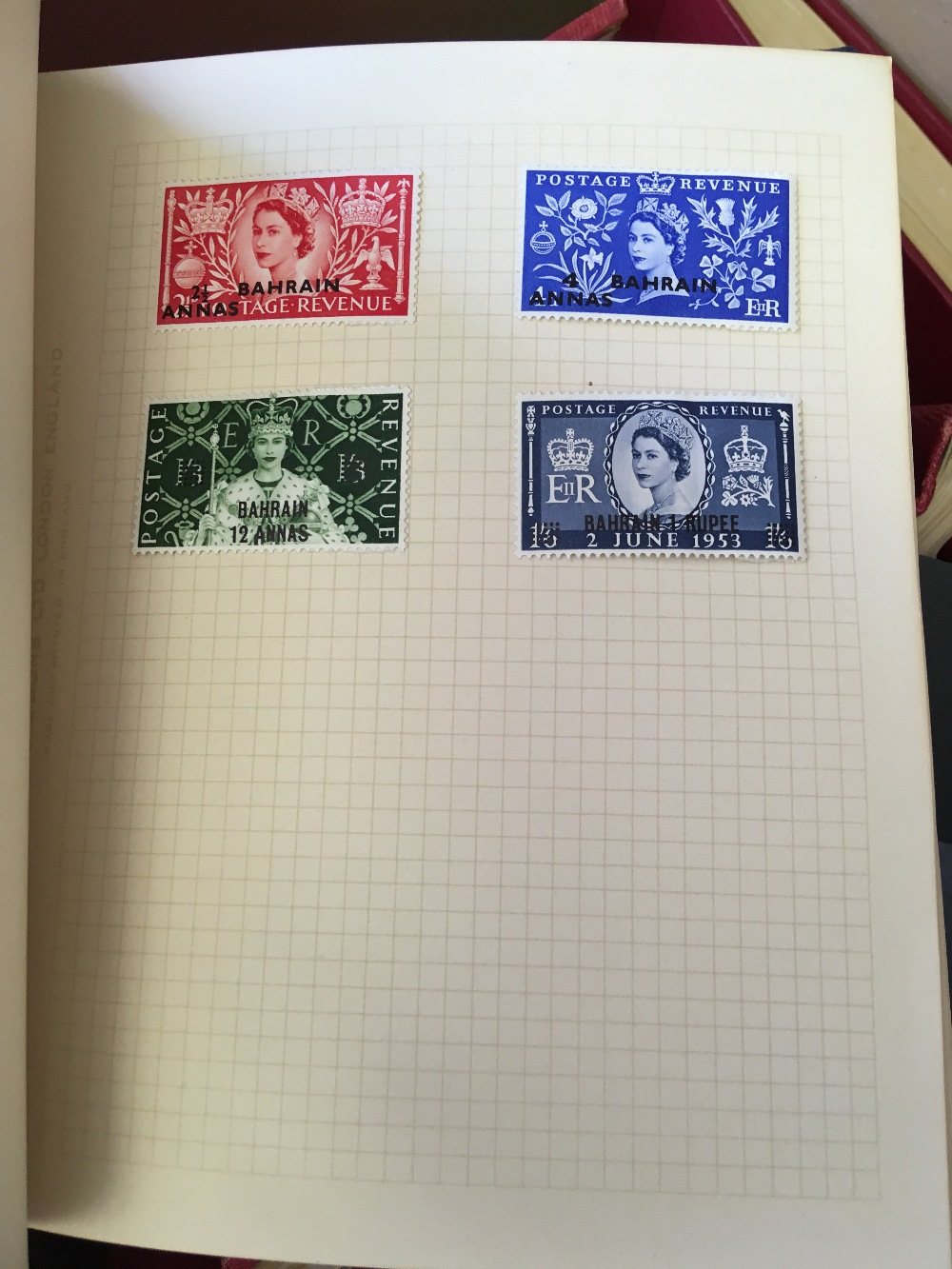 Lot 18 - STAMPS : COMMONWEALTH in small albums plus some loose,