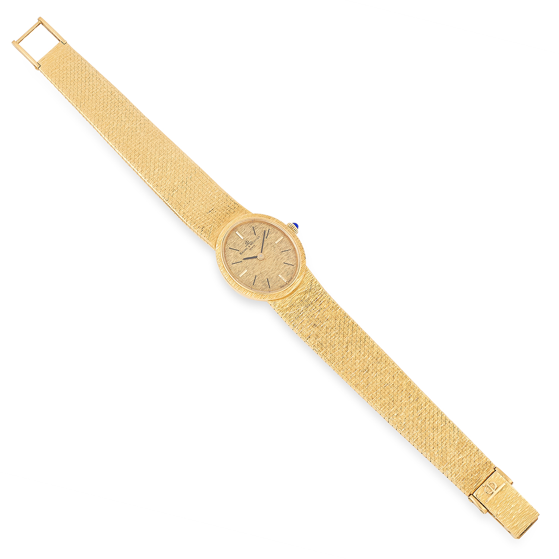 Los 54 - VINTAGE LADIES WRISTWATCH, BAUME & MERCIER on textured gold strap, 17.5cm, 54.9g.