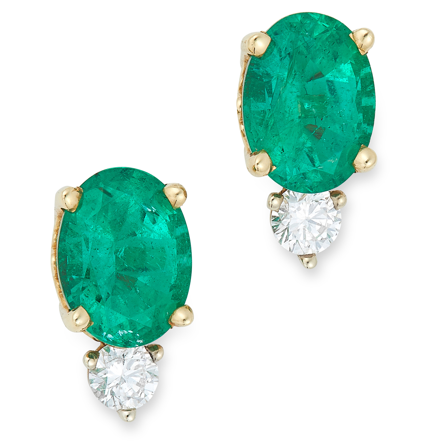 A PAIR OF EMERALD AND DIAMOND STUD EARRINGS each set with a round cut diamond and an oval cut