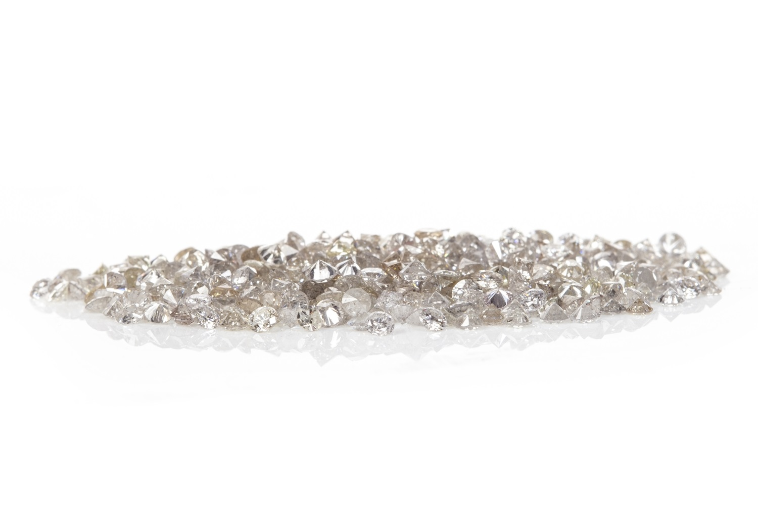 Lot 158 - A COLLECTION OF UNMOUNTED DIAMONDS