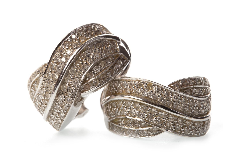 Lot 36 - A PAIR OF DIAMOND SET EARRINGS