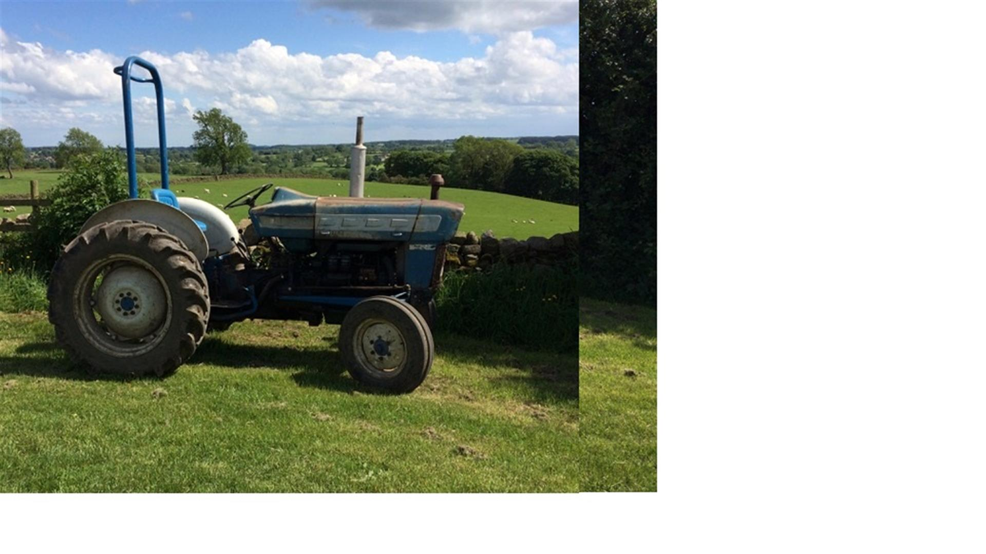 1964 Ford 3000 Tractor : Withdrawn ford pre force tractor fitted with a