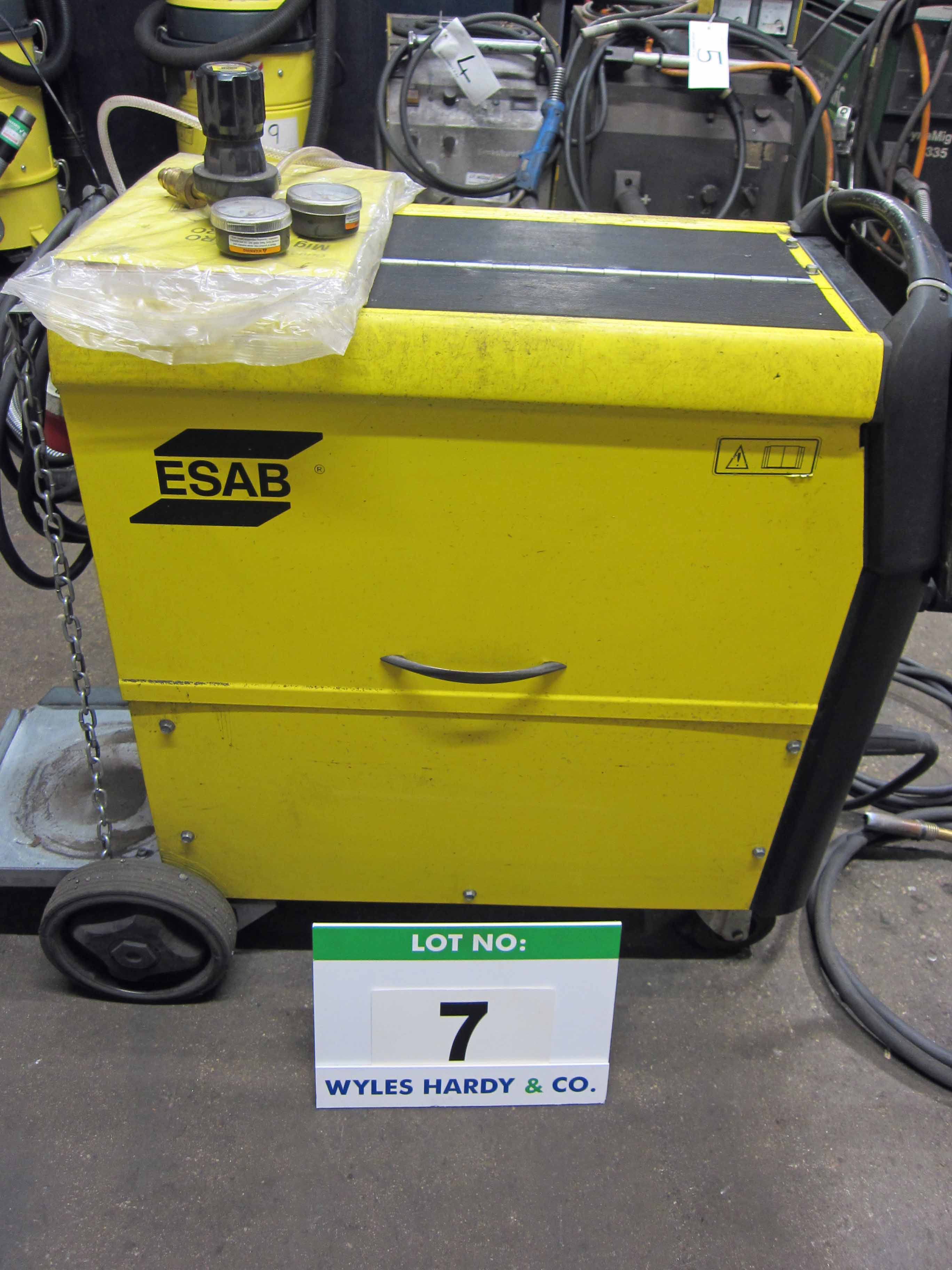 An ESAB Model C340 Pro Mig Weld Serial No. 627-405-1654 complete with Gun, Earth Lead and Argon - Image 2 of 6