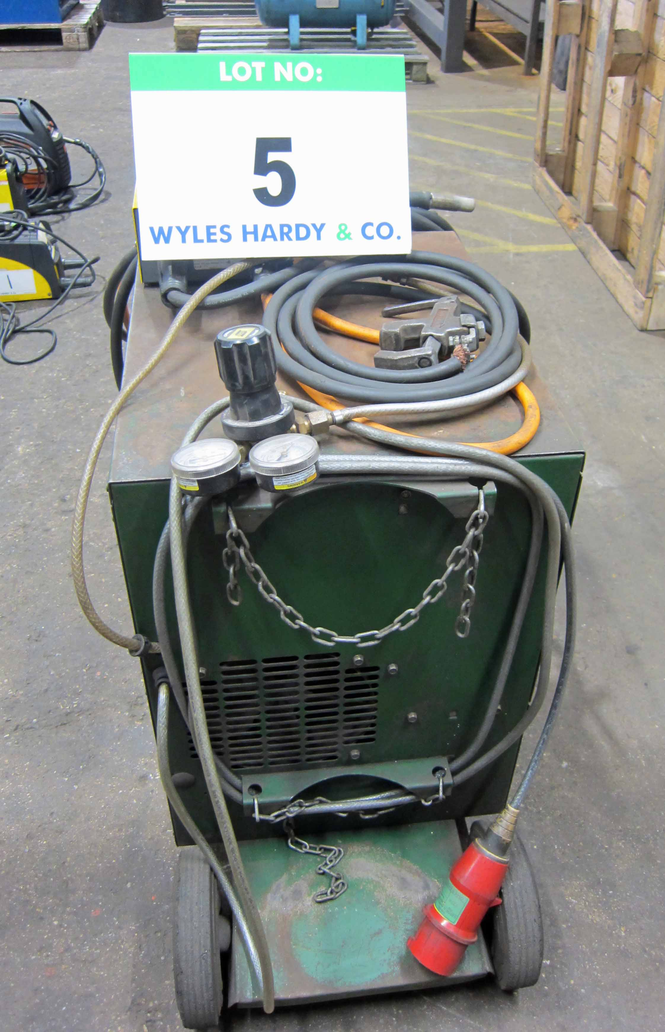 A MIGTRONIC Model Mig 300 Mig Welder complete with QUALITRONICS Voltage and Amp Meters and Gun, - Image 3 of 6