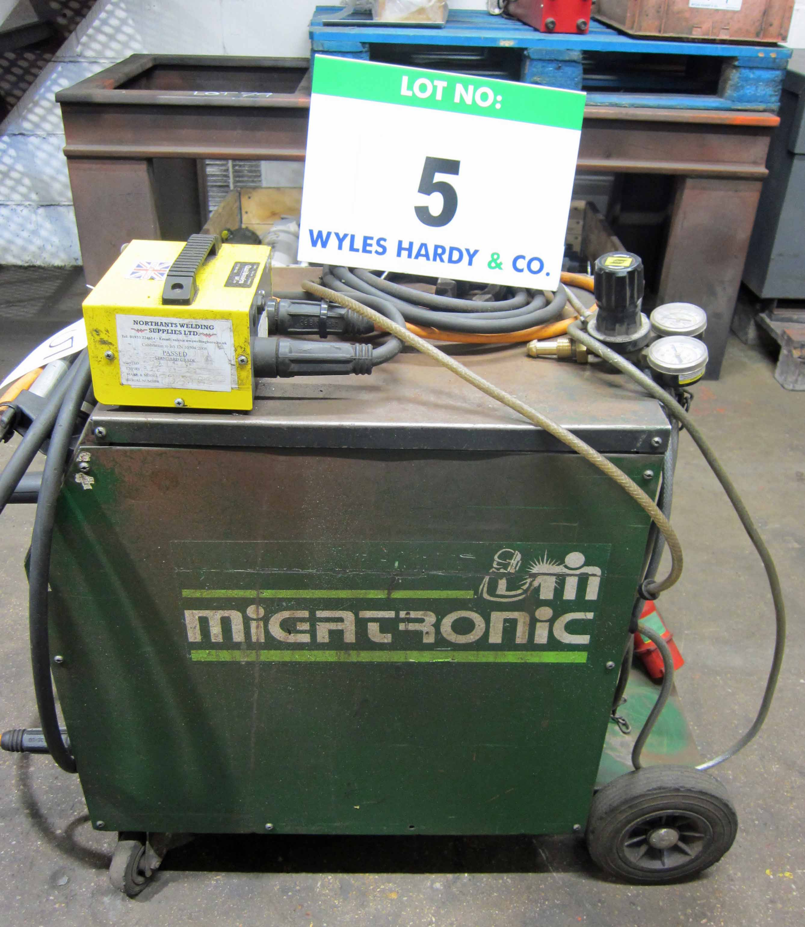 A MIGTRONIC Model Mig 300 Mig Welder complete with QUALITRONICS Voltage and Amp Meters and Gun, - Image 5 of 6