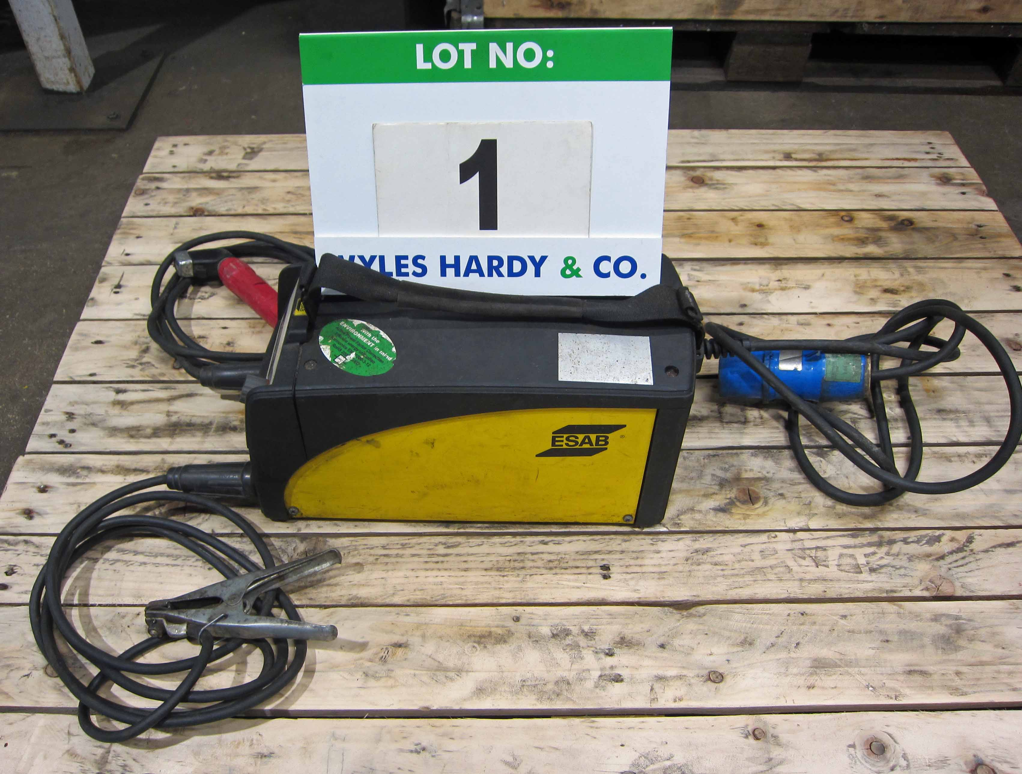 An ESAB Caddy Model A31 240V Portable Arc Welder complete with Torch and Earth Lead (Calibrated to - Image 3 of 5