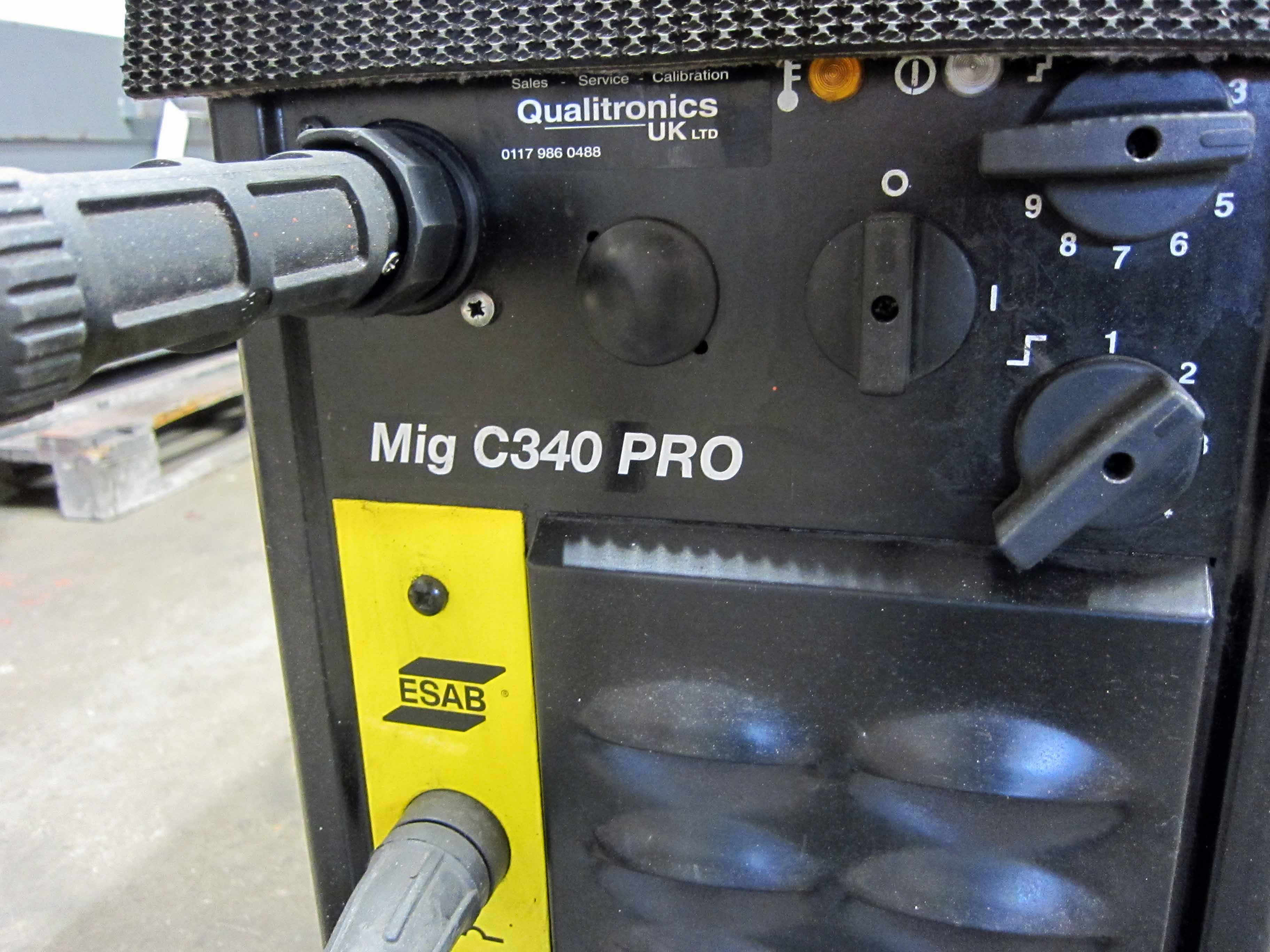 An ESAB Model C340 Pro Mig Weld Serial No. 627-405-1654 complete with Gun, Earth Lead and Argon - Image 4 of 6