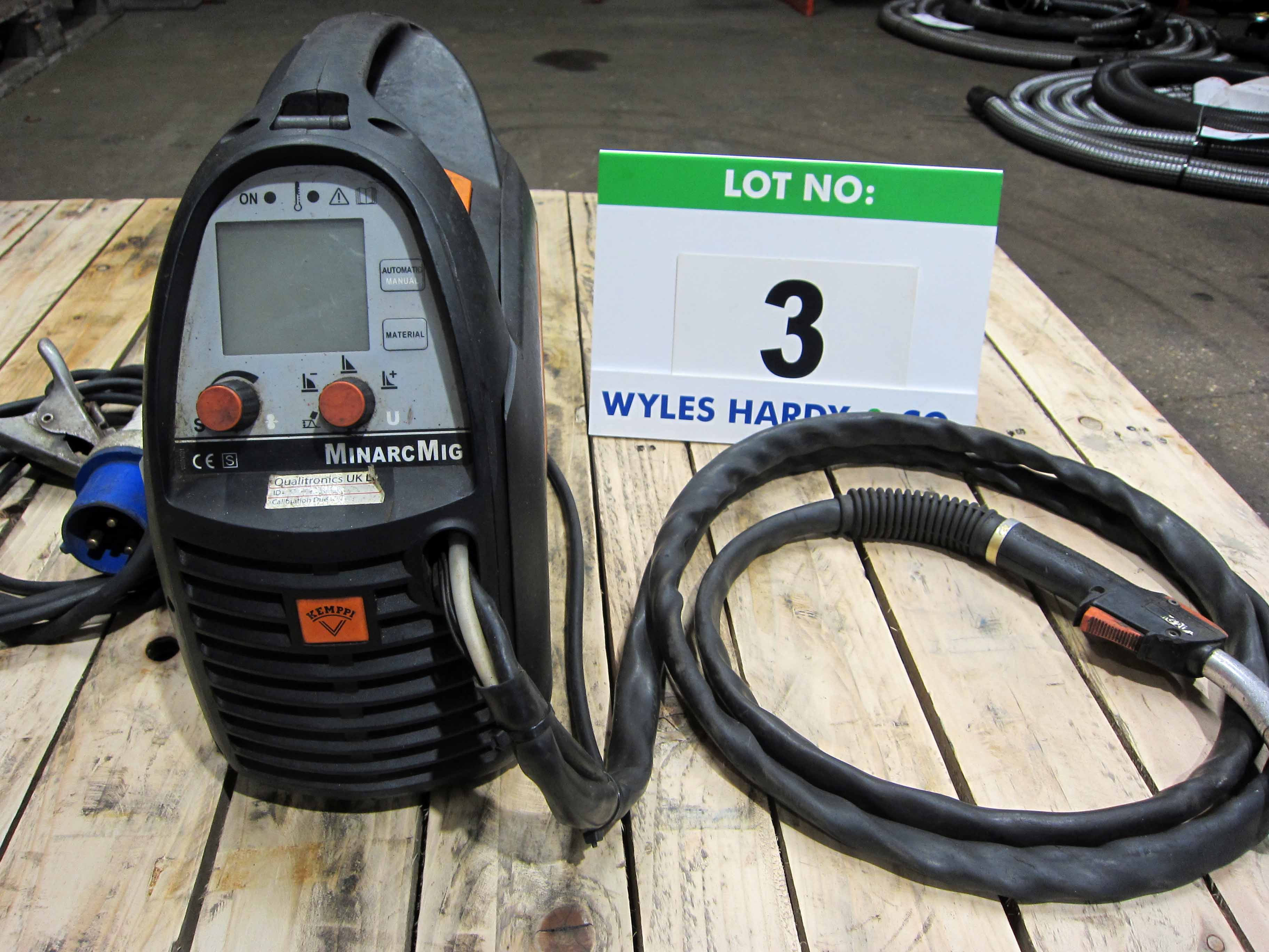 A KEMPPI MinArc Mig Model Adaptive 180 240V Portable Mig Welder complete with Gun and Earth Lead (