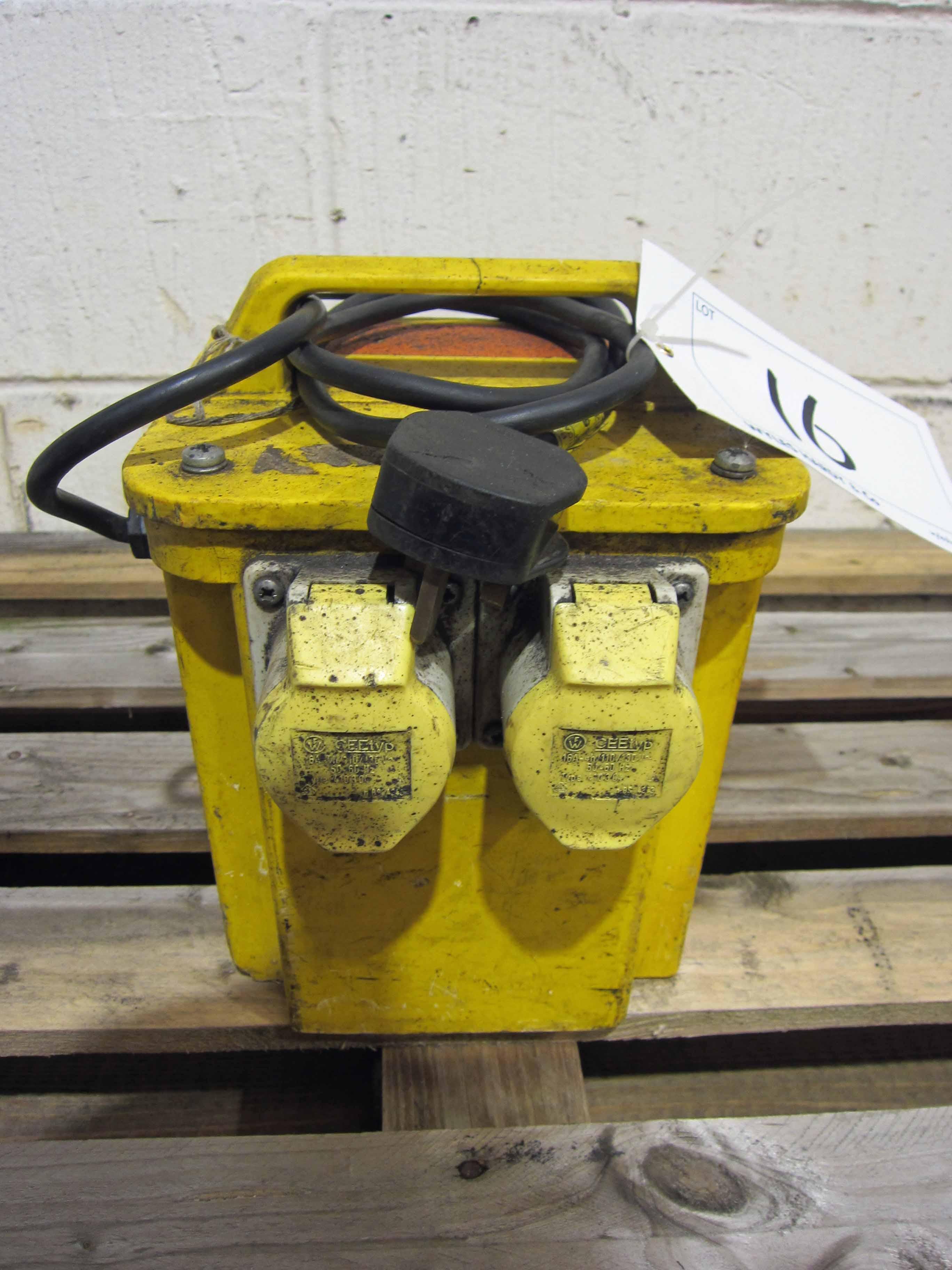 A 2-Outlet 110V Site Transformer - Image 2 of 2