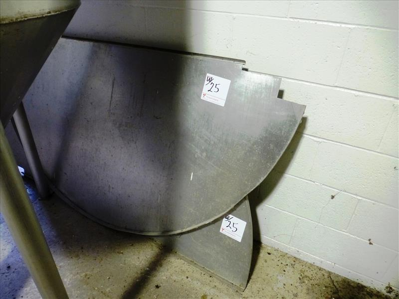 """Lot 25 - s/s open top holding tank, approx. 70"""" diam. x 48"""" high straight side c/w loose s/s lid & steel"""