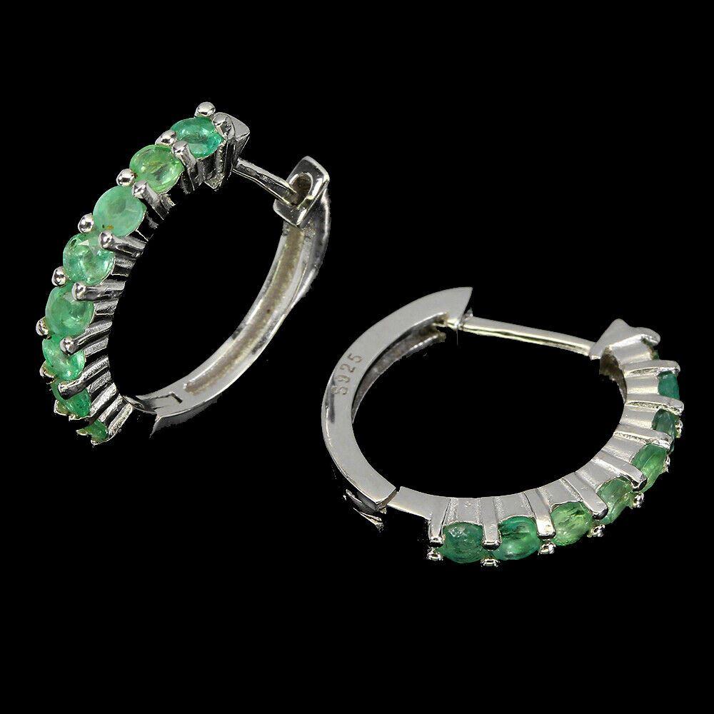 A pair of 925 silver emerald set hoop earrings, L. 1.8cm. - Image 2 of 2
