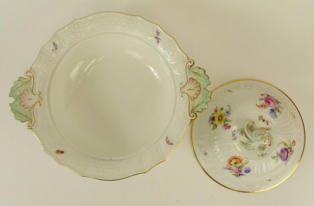 Meissen Hand painted Porcelain Covered EntrŽe Serving Bowl. Signed with double slashed crossed sword - Image 3 of 5