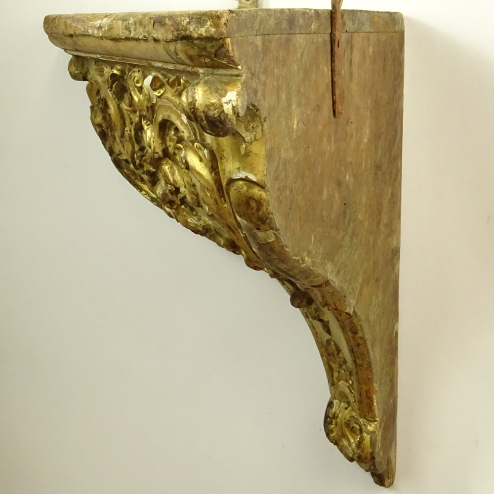 19/20th Century Probably Italian Carved Parcel Gilt Wood Wall Bracket. Unsigned. Losses, wear, age - Image 4 of 6