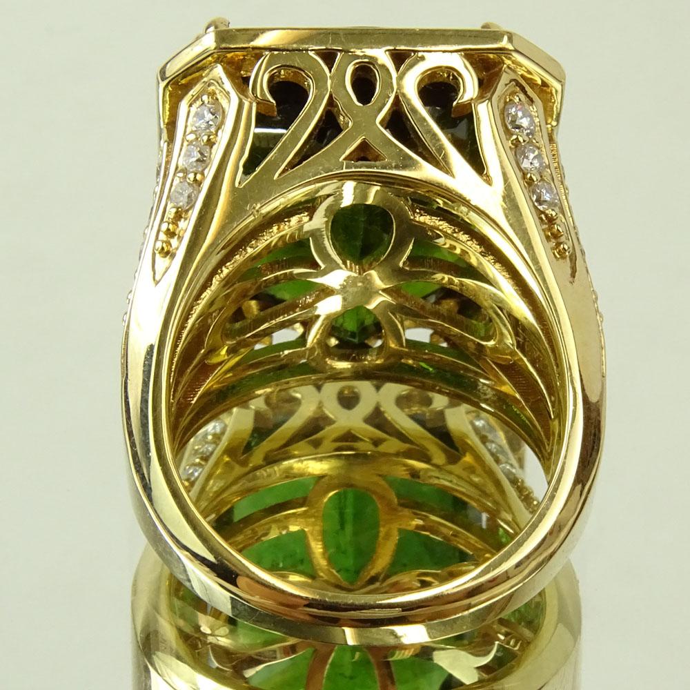 Approx. 22.0 Carat Emerald Cut Tourmaline, 2.0 Carat Diamond and 18 Karat Yellow Gold Ring. - Image 3 of 6