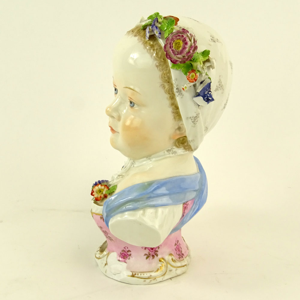 19th Century Meissen Porcelain Young Girl Bust. Marked to base. Losses. Please examine this lot - Image 2 of 7
