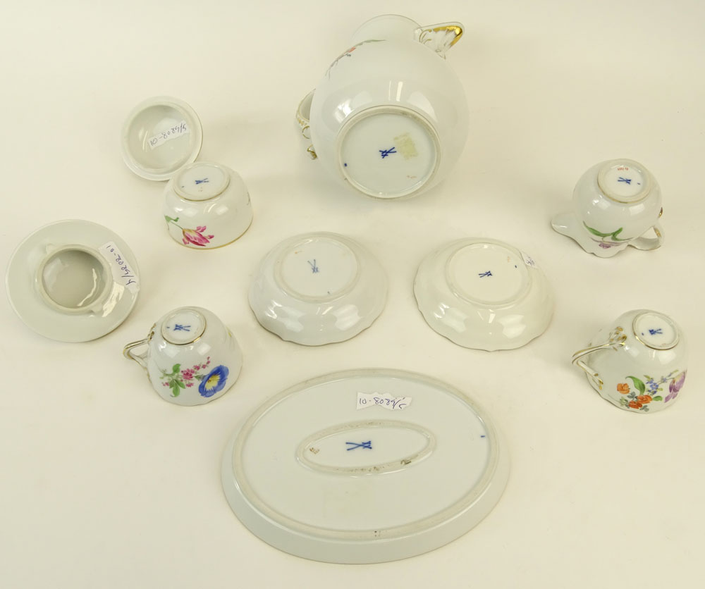 "Meissen Hand Painted Porcelain Partial Tea/Coffee Service. Includes: Pot, 9-1/2""; covered sugar, - Image 4 of 5"