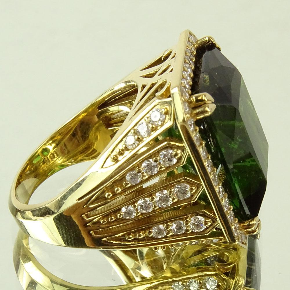 Approx. 22.0 Carat Emerald Cut Tourmaline, 2.0 Carat Diamond and 18 Karat Yellow Gold Ring. - Image 4 of 6