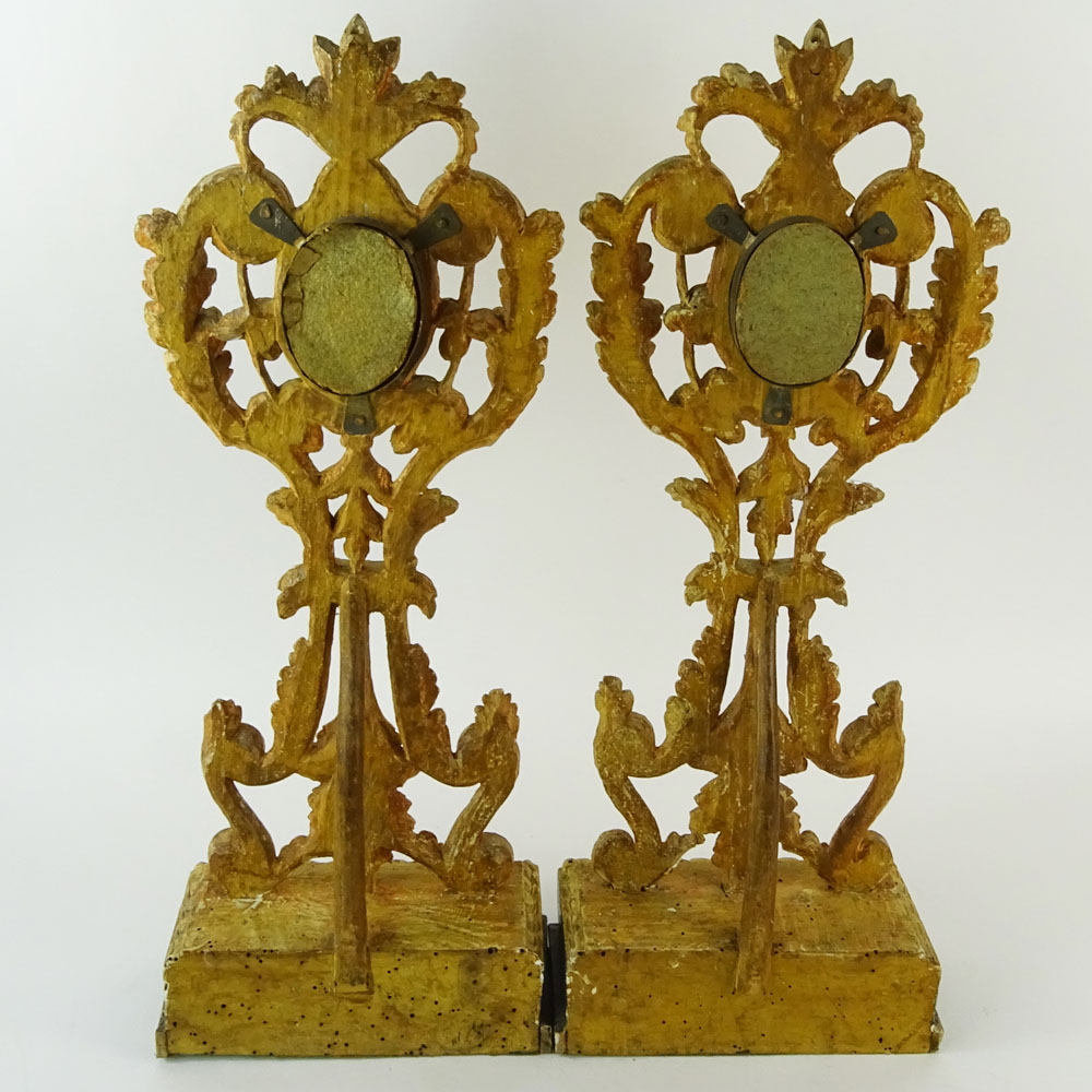 Lot 8 - Pair of 19th Century Continental Carved and Gilt Wood Reliquaries. Gilding losses, cracks, antique