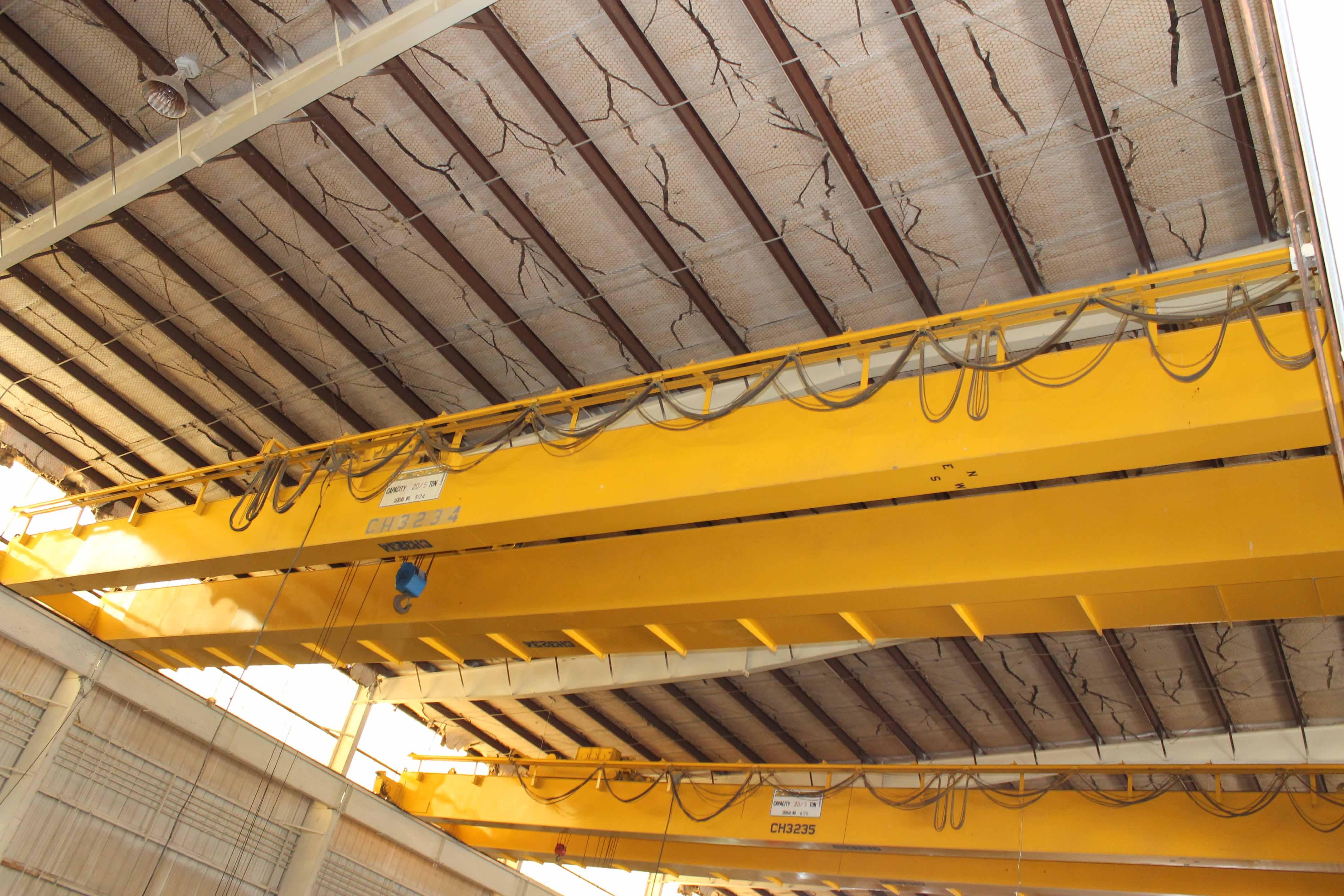 Lot 5 - Overhead Bridge Crane, Zenar 20 ton cap. with 5 ton aux. x 80' span, pendant control, dual box beam