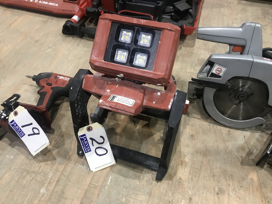 Lot 20 - HILTI CORDLESS LED SHOP LIGHT