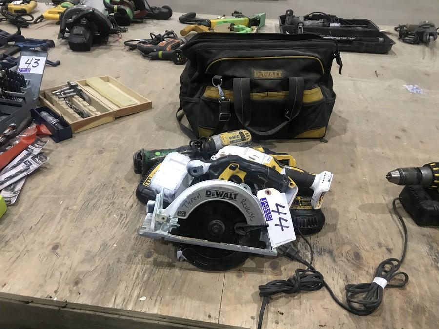 Lot 44 - DEWALT CORDLESS TOOLS & TOOL BAG