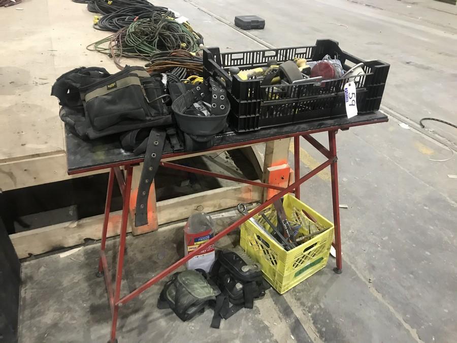 Lot 59 - TOOL BELT, KNEE PADS, TABLE & ASSORTED TOOLS