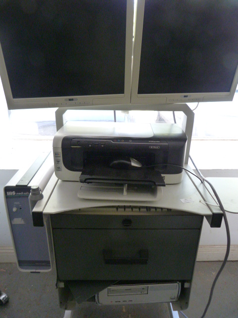 Lot 30 - *MS Medisoft Cardio Respiratory Instrumentation Ergocard System on Trolley, Two MIS Monitors and HP