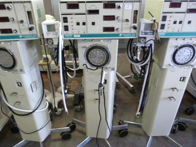 Lot 26 - *3x Viasys 3100B Carefusion Sensormedics Oscillatory Ventilators (All Units Complete with Oxygen Mix