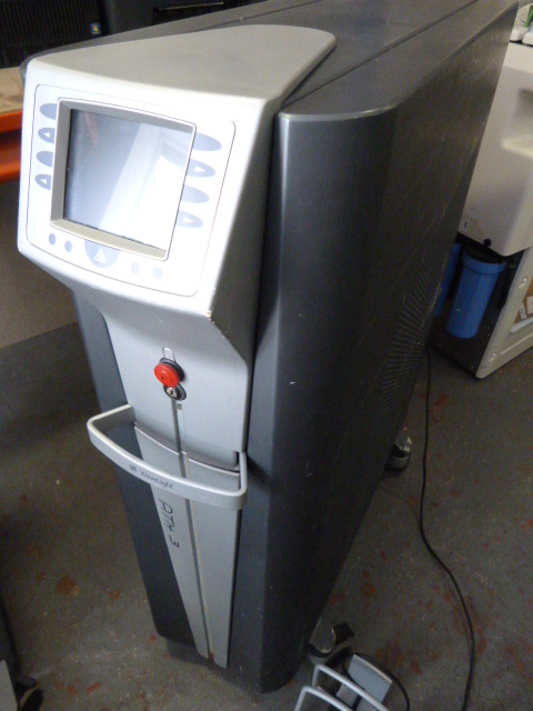Lot 42 - *Wavelight Auriga YAG Laser With Footswitch (Unable To Power Up Due To Cut Plug. No Key. Y.O.M-2006)