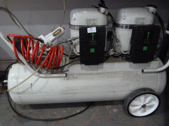 Lot 49 - *Bambi Mobile Compressor 150/700 70 Liters (Powers Up)
