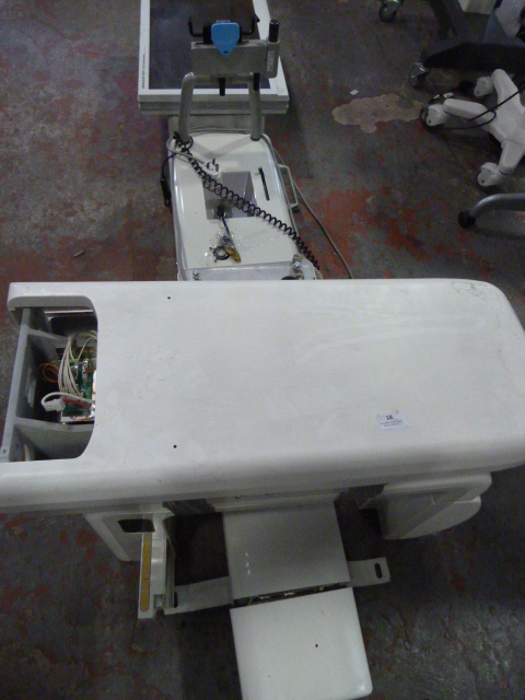 Lot 18 - *Belmont X-Caliber Dental OPG with Asahi Roentgen Ind X-Ray Head, Controller and Stryker Monitor