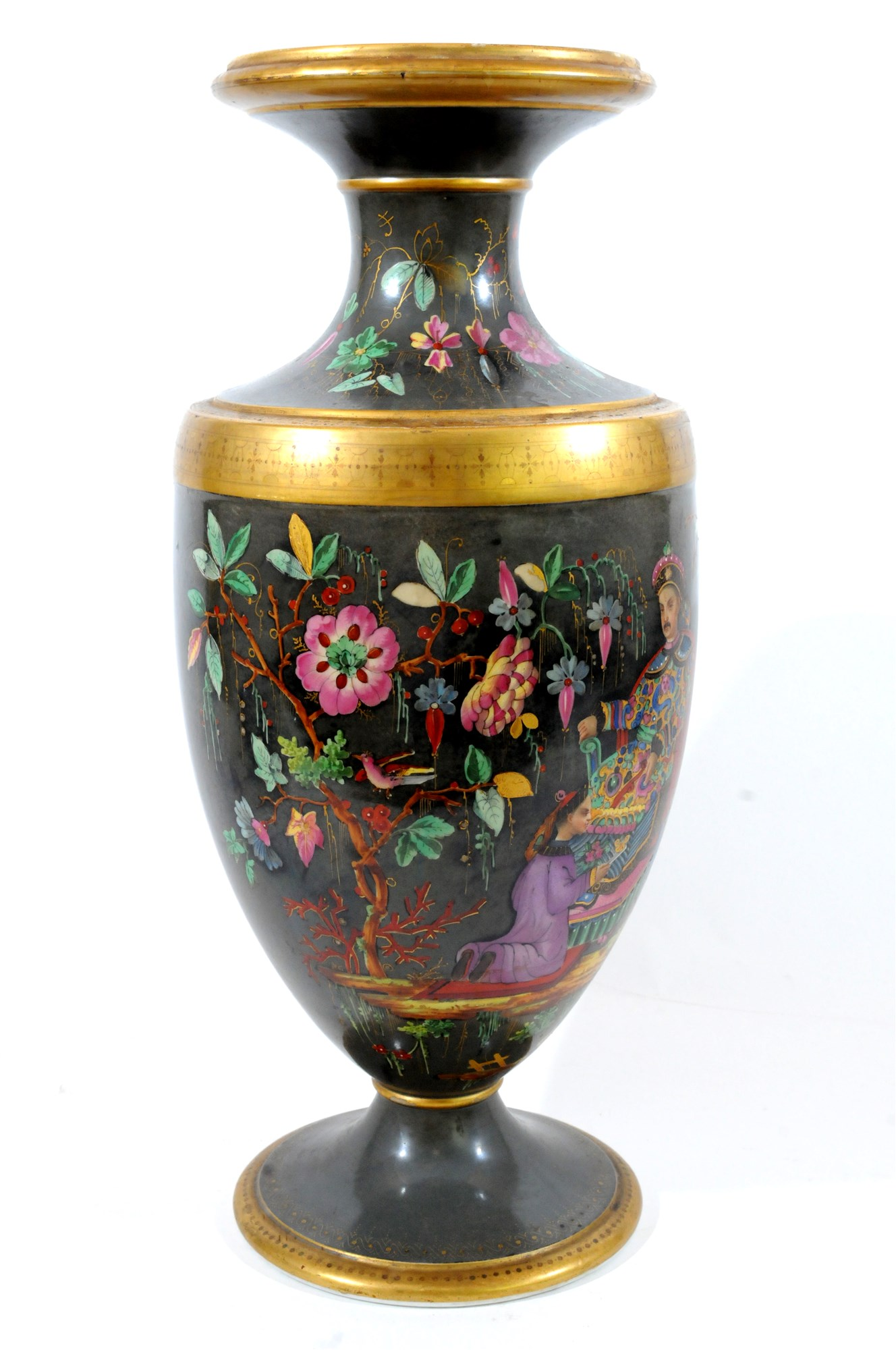 Lot 44 - A French porcelain chinosierie vase