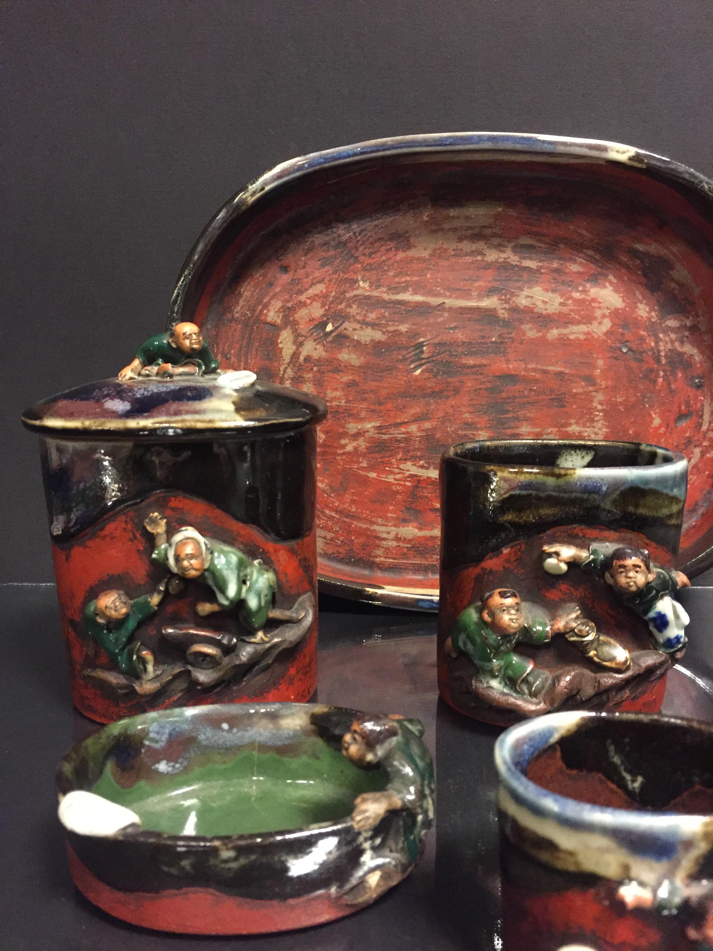 JAPON. Nécessaire de fumeur comprenant 7 pièces, porcelaine émaillée à décor en [...] - Image 2 of 2