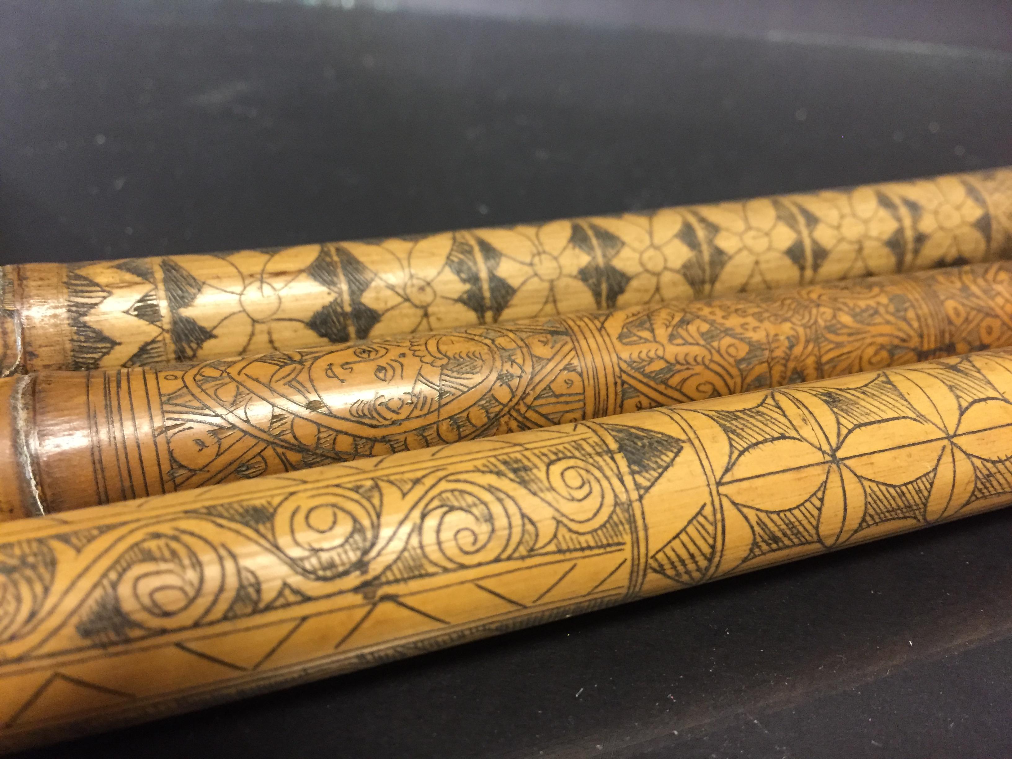 IRAN (?). Trois bambous gravés à décor en médaillon de profils de personnages, [...] - Image 2 of 6