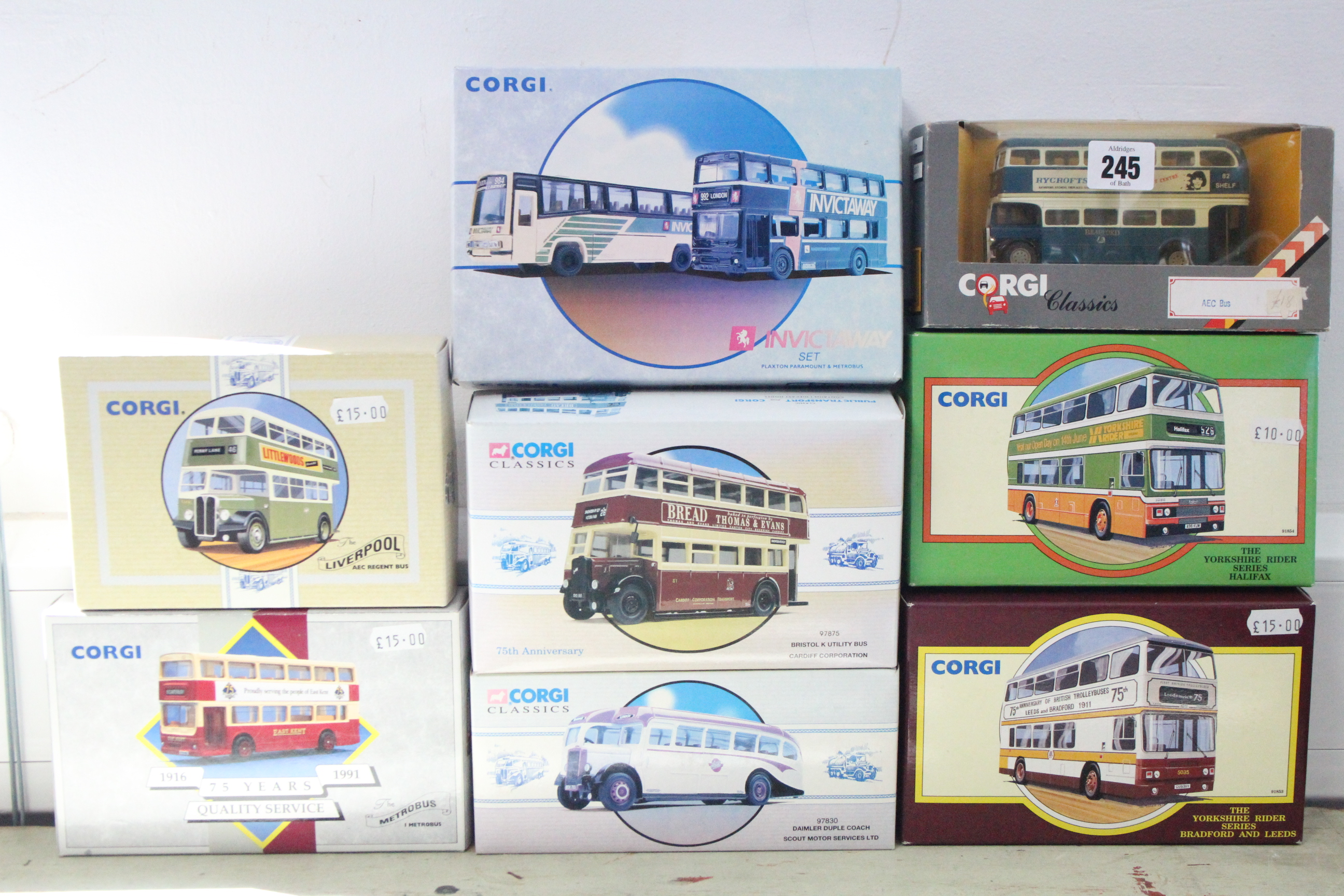 Lot 245 - Eight various Corgi scale model 'buses & coaches, all boxed.