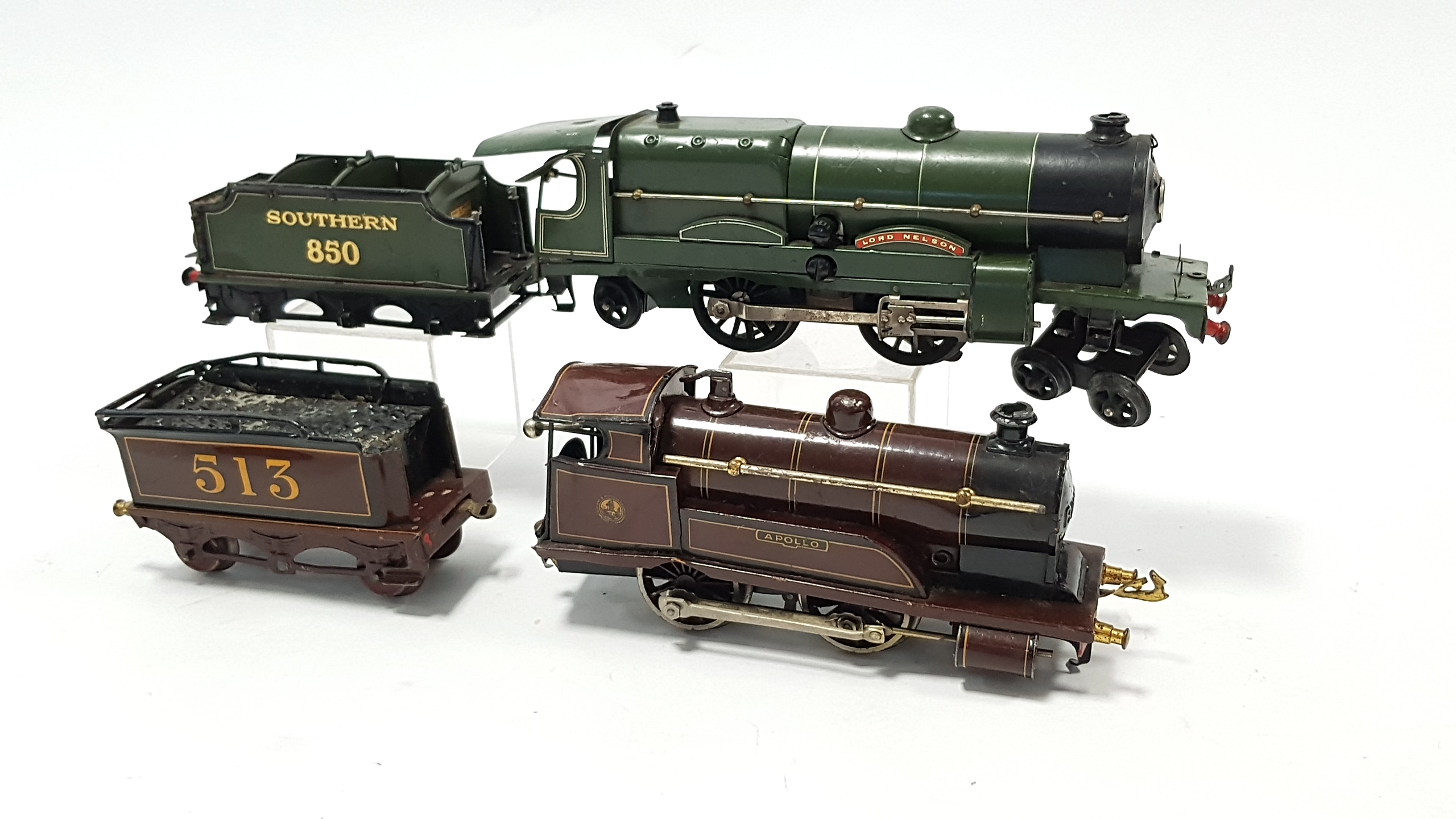 "Lot 271 - A Hornby Railways tinplate & electrically-operated ""O"" gauge scale model of the Southern Railways"