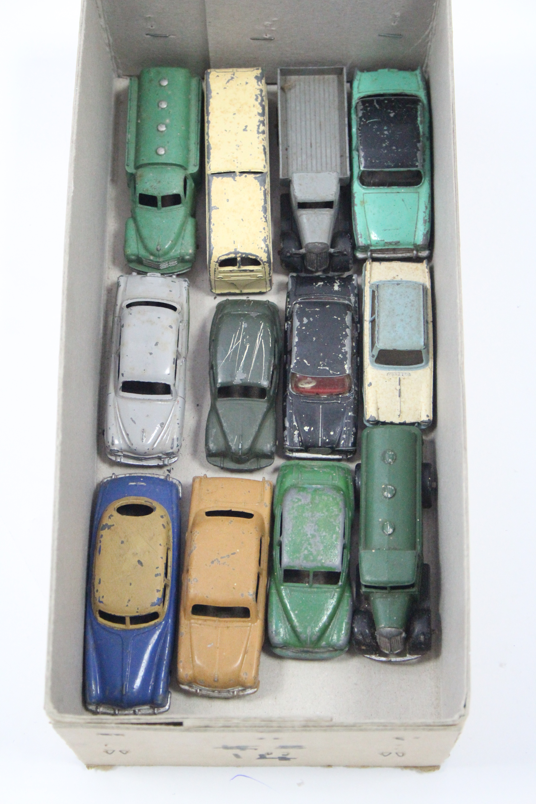 "Lot 264 - Twelve various Dinky scale models including an ""Observation Coach"", a ""Hudson Sedan"", a ""Vauxhall"