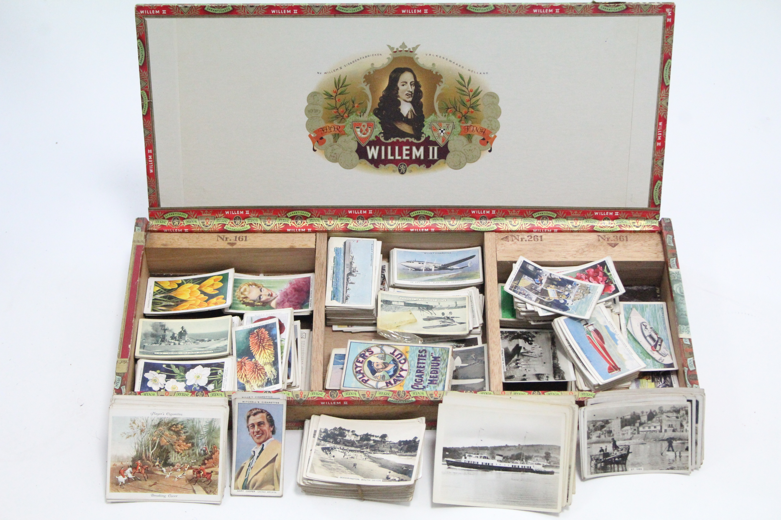Lot 134 - Various loose cigarette cards by John Player, Mitchells, etc.