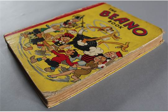 7 Vintage Beano And Dandy Annuals Includingthe Beano Book Annual